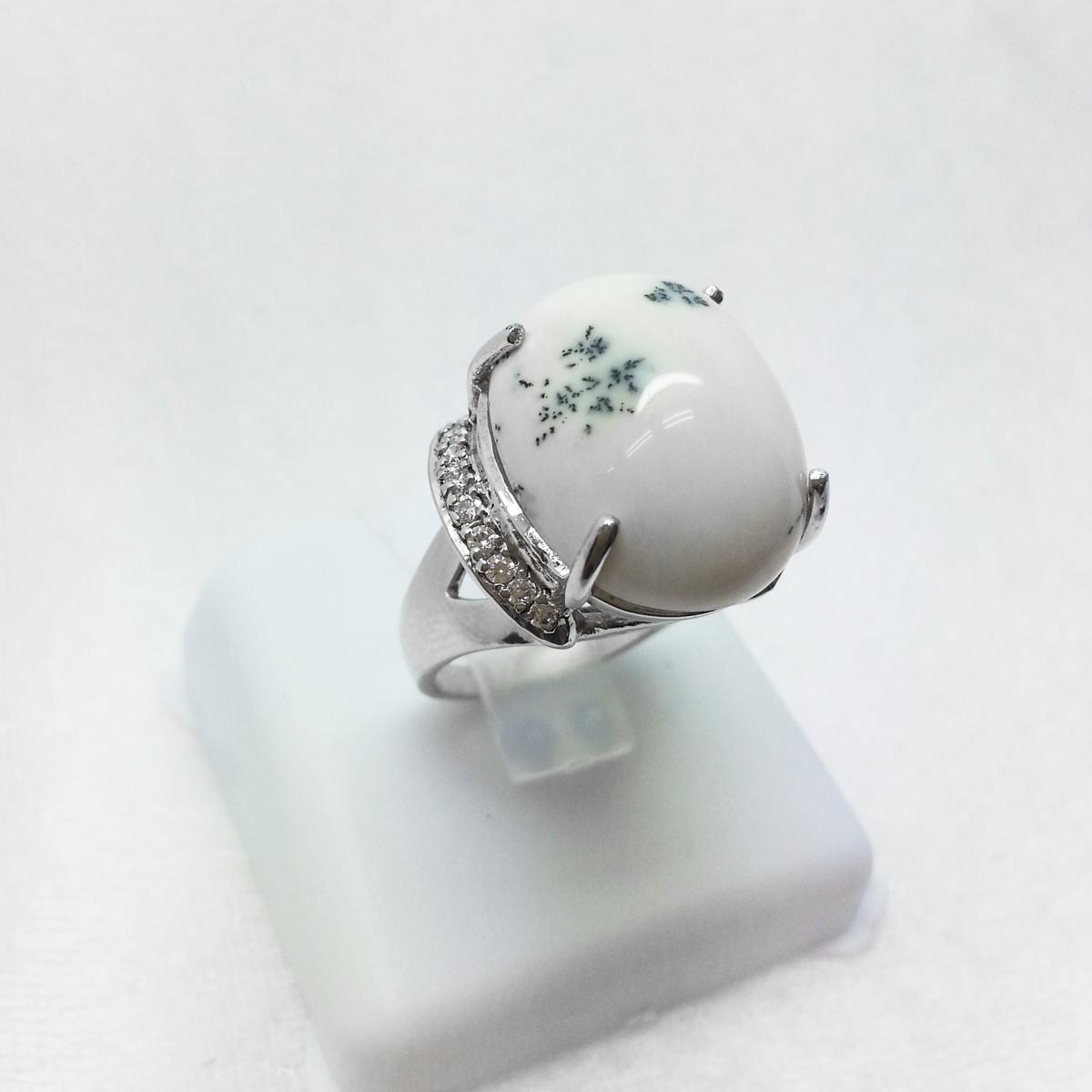 แหวนเงิน งานแฮนด์เมด หินโอปอ สีขาวงาช้าง