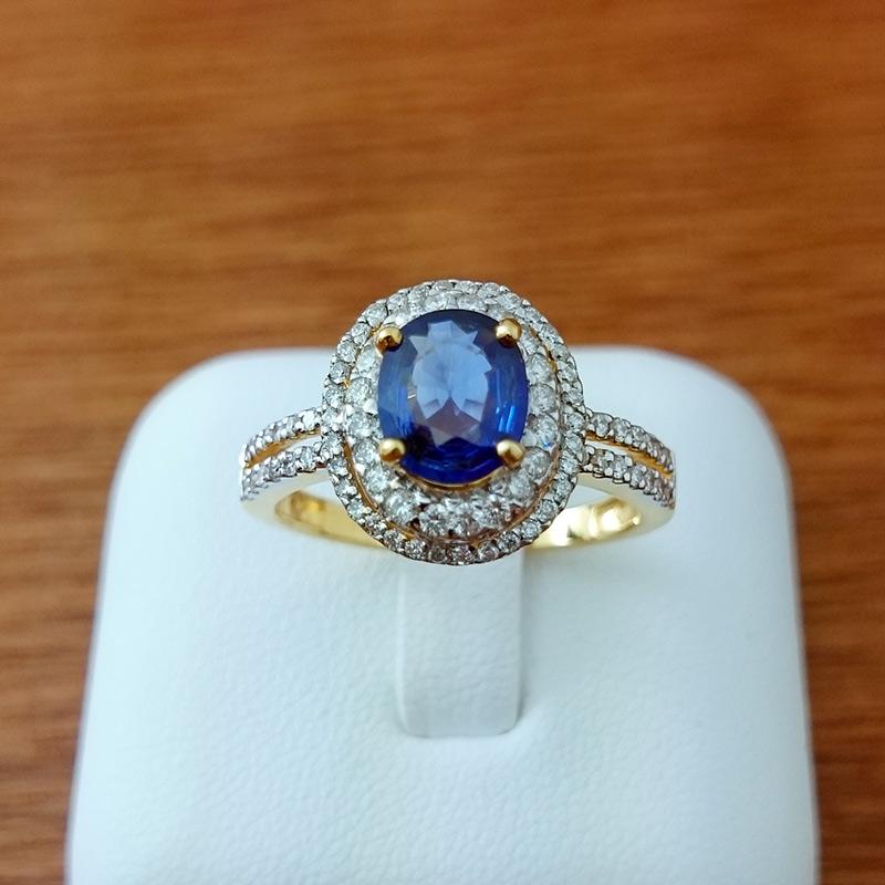 แหวนทอง ไพลินล้อมเพชร