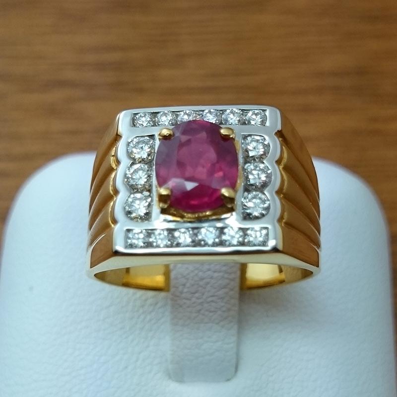 แหวนทอง พลอยทับทิมล้อมเพชร (ผู้ชาย)